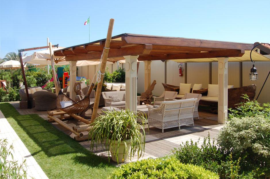 Bagno La Fenice a Forte dei Marmi: relax nell\'area piscina - Bagno ...